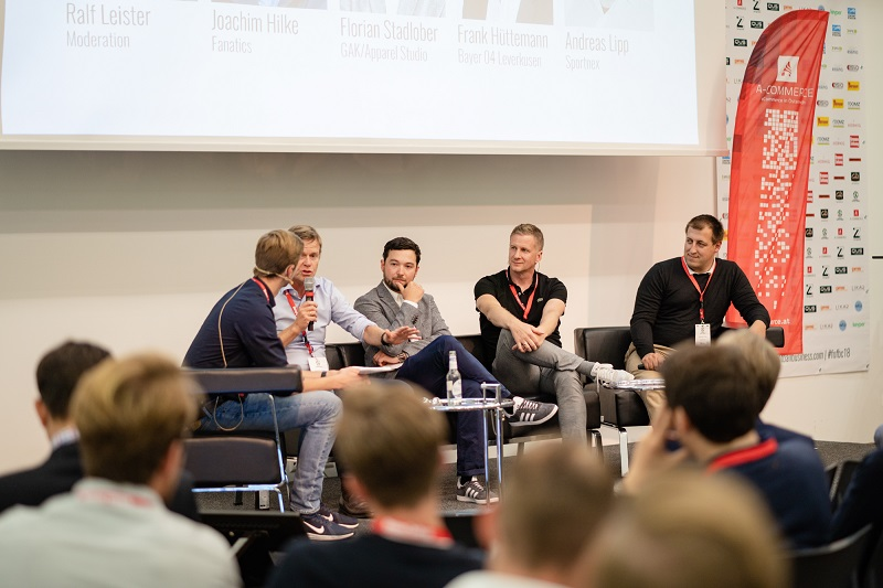 Diskussion zu neuen Wegen im Merchandising bei der FUTURE OF FOOTBALL BUSINESS Conference 2018 [Foto: Christof Hüter]