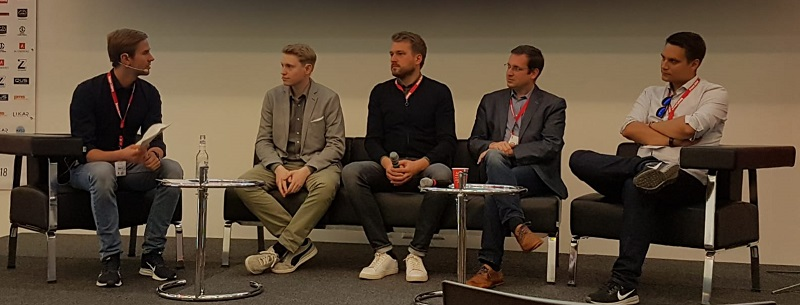 Diskussion eSports & Fußball bei der FUTURE OF FOOTBALL BUSINESS Conference 2018 [Foto: Andreas Ganter]