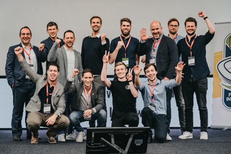Die Jury sowie alle Teilnehmer des Innovation Awards [Foto: Christof Hütter]